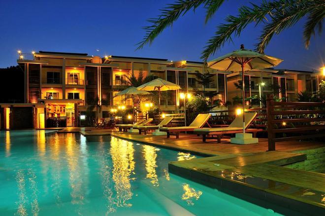 Boonjumnong Modern Apartment - Ko Samui - Pool