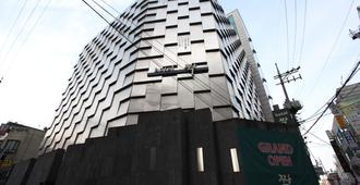 Hotel Zzac - Seoul - Building
