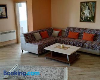 Apartments Abramovic - Sutomore - Living room