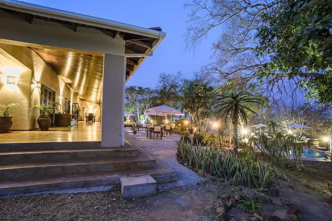 Abangane Guest Lodge - Hazyview - Näkymät ulkona