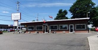Stonehouse Motel And Restaurant - Truro - Κτίριο