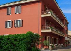Hotel Speranza - Bardolino - Bangunan
