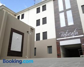 Botucatu Hotel - Botucatu - Building