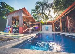Hotel Mahayana - Tamarindo - Pool