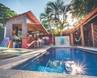 Hotel Mahayana - Tamarindo - Piscina