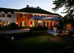 The Dan'l Webster Inn and Spa - Sandwich - Bâtiment