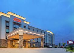 Hampton Inn and Suites Ames, IA - Ames - Building