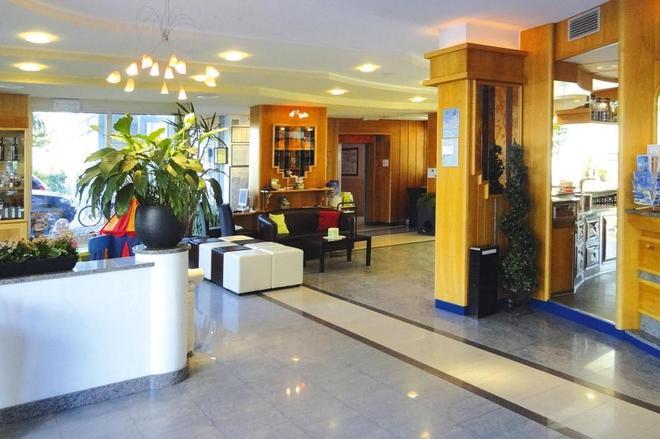 大使套房酒店 - 里瓦德加爾達 - 加爾達湖濱 - 大廳