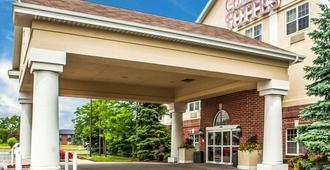 Comfort Suites Milwaukee Airport - Oak Creek