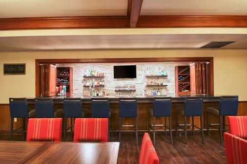 Comfort Suites Milwaukee Airport - Oak Creek - Bar