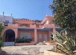 George's apartments by the Sea and Airport 1 - Porto Rafti - Bâtiment