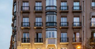 Hotel Villa Real - Madrid - Edificio