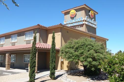 Comfort Inn & Suites - Las Cruces - Toà nhà