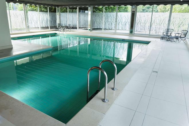安特衛普凡德瓦克酒店 - 安特衛普 - 安特衛普 - 游泳池