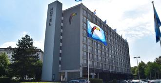 Van der Valk Hotel Antwerpen - Antwerpen - Bygning