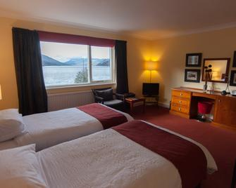 The Four Seasons Hotel - Crieff - Bedroom