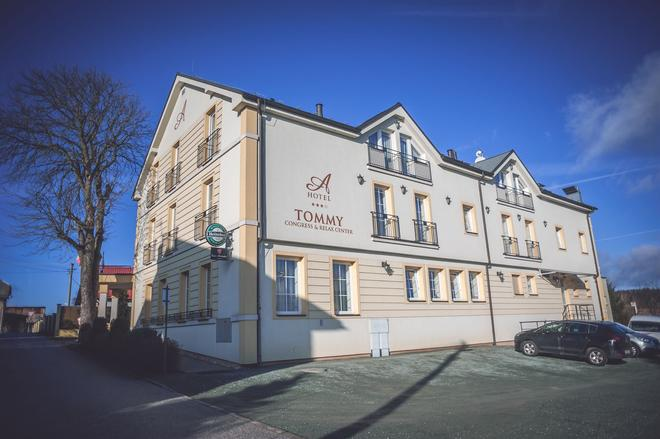 Hotel Tommy Congress & Relax center - Náchod - Building