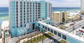Hampton Inn & Suites Panama City Beach-Beachfront - Панама-Сити-Бич