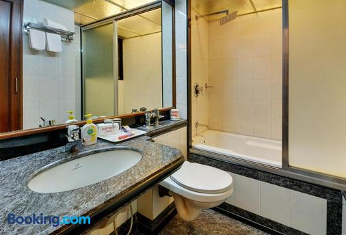 Hotel Regal Enclave - Mumbai - Bathroom