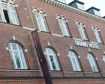 First Hotel Grand - Odense - Building