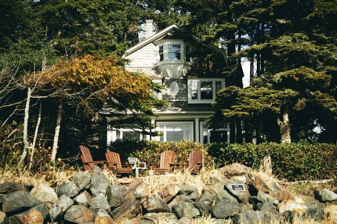 BriMar Bed and Breakfast - Tofino