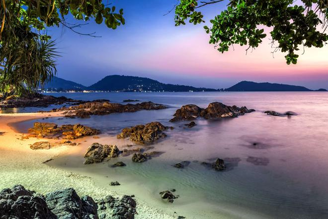 溫德姆布吉凱林灣大酒店 - 布吉 - 卡馬拉 - 海灘