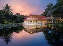 Sofitel Angkor Phokeethra Golf And Spa Resort - Siem Reap - Edifício