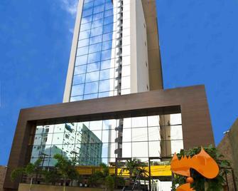 Fity Hotel - Recife - Building