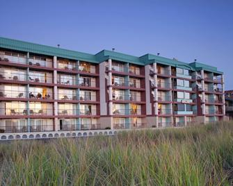 Best Western Plus Ocean View Resort - Seaside - Building