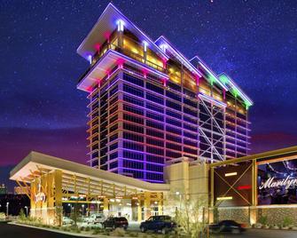 Eastside Cannery Casino & Hotel - Las Vegas - Building