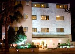 Barakat Hotel Apartments - Amman - Building