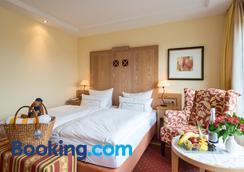Hotel Panorama - Daun - Bedroom