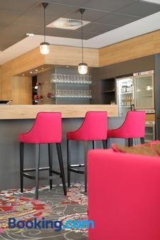 Qubixx Stadtmittehotel - Schwäbisch Hall - Bar