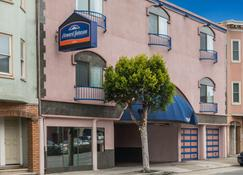 Howard Johnson by Wyndham San Francisco Marina District - San Francisco - Edifici