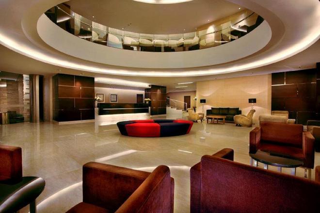 Aston Makassar Hotel & Convention Center - Makassar - Hành lang