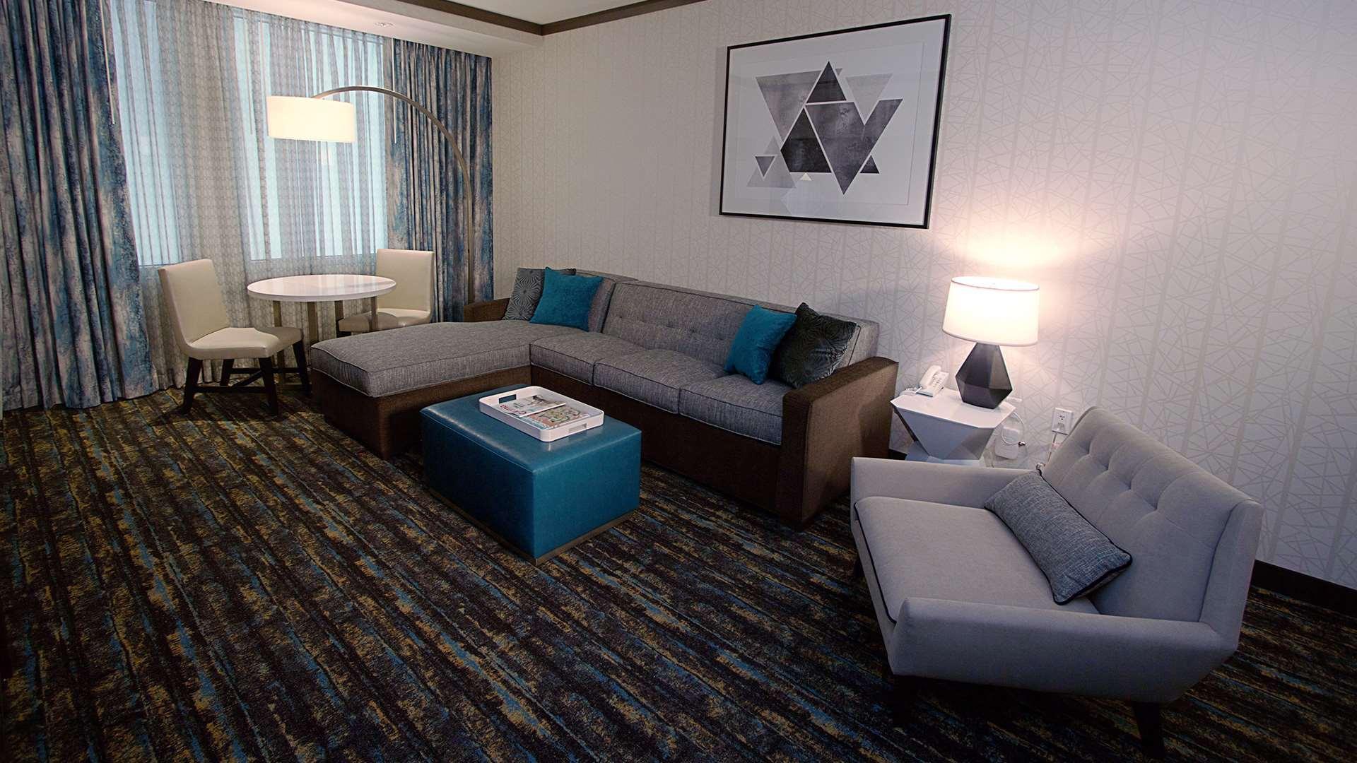 Thunder Valley Casino Resort en $133 ($̶3̶1̶2̶). Lincoln