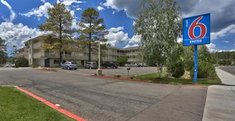Motel 6 Flagstaff West - Woodland Village - Flagstaff - Edificio
