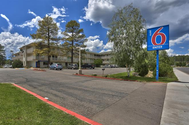 Motel 6 Flagstaff West - Woodland Village - Flagstaff - Toà nhà