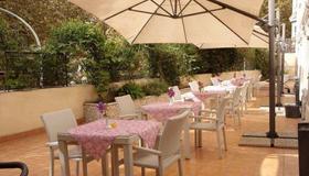 Hotel Villa Rosa - Rom - Utomhus