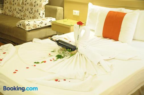 Sv Business Hotel Diyarbakir - Diyarbakır - Bedroom