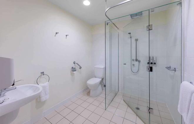 Park Regis Griffin Suites - Melbourne - Bathroom
