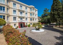 Hotel Carlton - Beaulieu-sur-Mer - Building