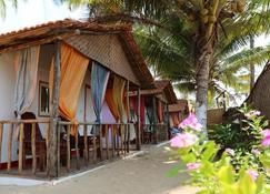 Go-Ym Resort - Arambol - Beach