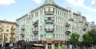 ميني هوتل ميزون بلونش - كييف - مبنى
