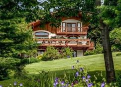 Fox Den Bed and Breakfast - Leavenworth - Rakennus