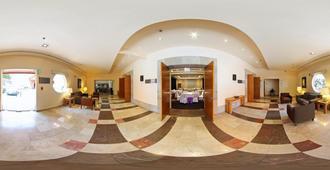 Fiesta Inn Cuernavaca - Cuernavaca - Lobby