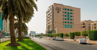 Coral Dubai Deira Hotel - Dubai - Building