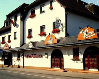 In Der Kaiserau - Камен - Building