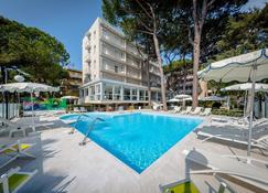 Hotel San Marco - Milano Marittima - Pool