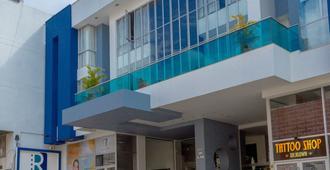 La Rivera Hotel - Pereira - Gebouw